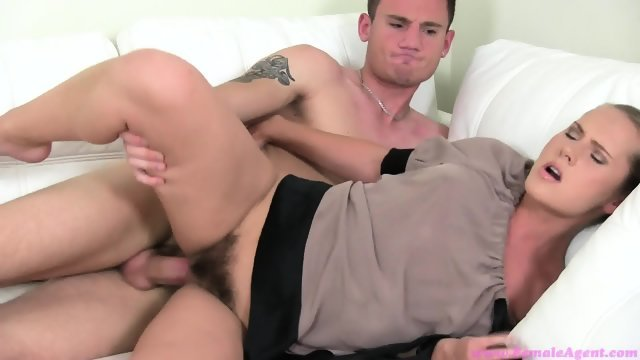A guy on a casting Fucks stranger blonde