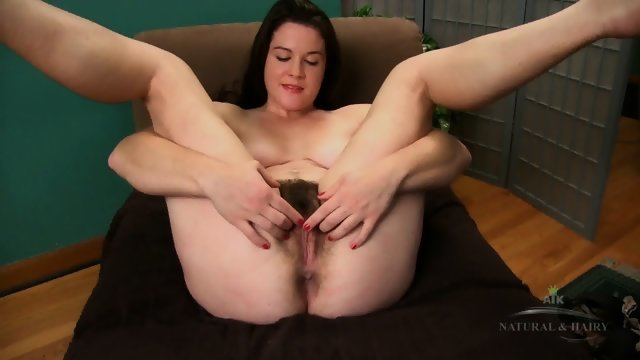grote harige pussy solo