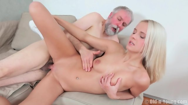 Gray-haired grandfather fucked young blonde