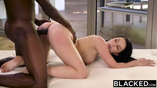 Had intercourse with dark-skinned lover a luxury after Blowjob