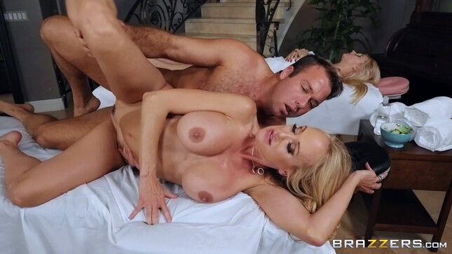 Masseur Porn with a Busty Blonde Lady