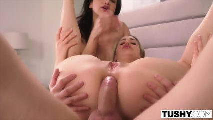 Mia Malkova & Vicki Chase Gape Together For The First Time Sex
