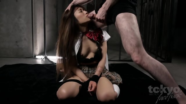 The Asian shoved in her mouth long cock