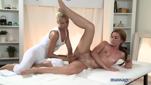 The blonde makes erotic beauty massage