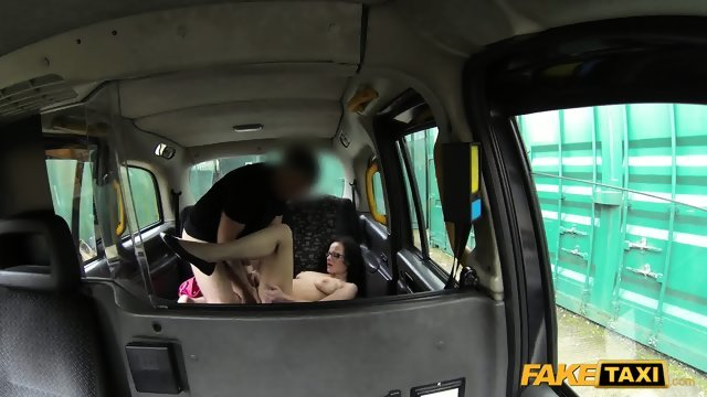The brunette was pleased with the sex with the taxi driver