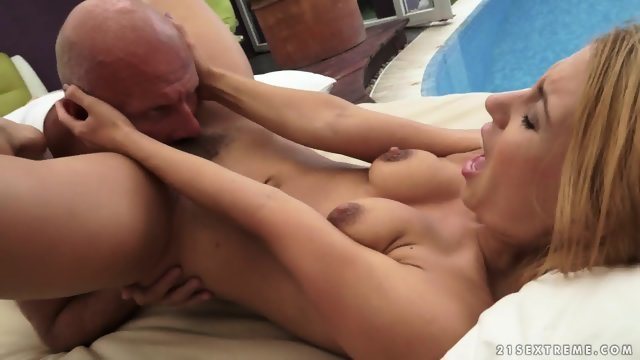 The virgin by the pool gets fucked in the pussy bald