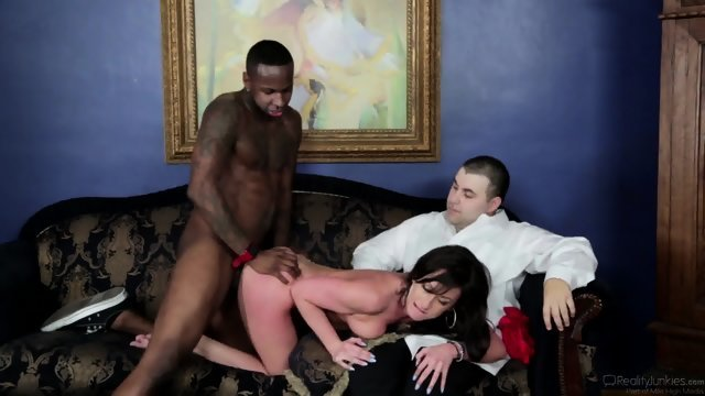 Negro Fucks brunette in the presence of her husband
